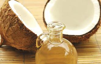 Кокосовое масло (консервировано смесью токоферолов)