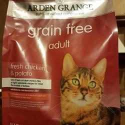 Фото корма Arden Grange Adult Cat All Breeds with normal activity level Fresh Chicken & Potato Grain Free Hypoallergenic